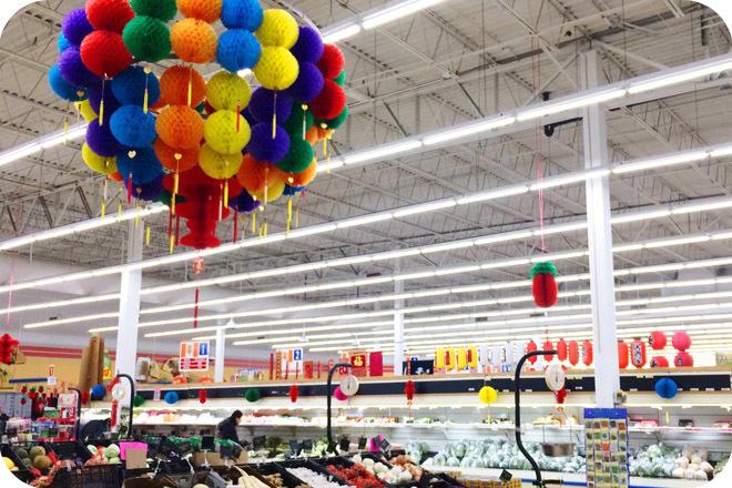 OKT T8 LED Tube Light in Supermarket - Kansas City